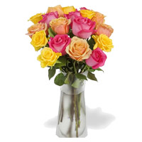 Diwali Flowers in Hyderabad Online to Deliver Pink, Peach, Yellow Roses Vase 12 Flowers to Hyderabad