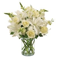 New Year Flowers to Hyderbaad. White Lily Roses in Vase of 14 Flowers in Hyderabad